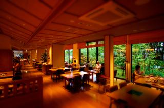 40ゆと森夕食s.jpg